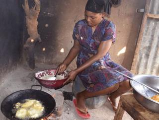 Zariakah Kyozira, Baker, Uganda