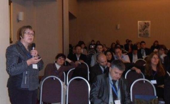 Library director Ms Dijana Sabolovic-Krajina presents at the international conference on Roma education policy.